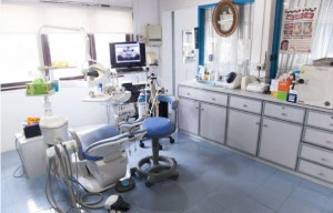 The treatment room of Singapore Dental Surgery Clinic